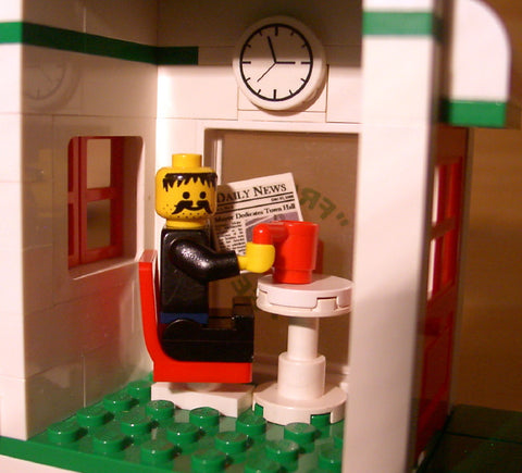 Dan's Custom Donut Shop (for your LEGO town)