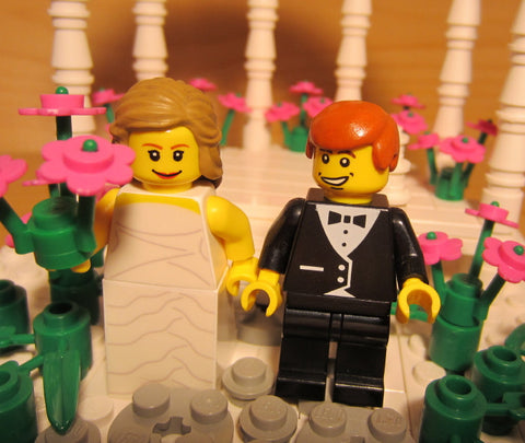 Museum: Dan's Custom Wedding Gazebo (for your LEGO town)