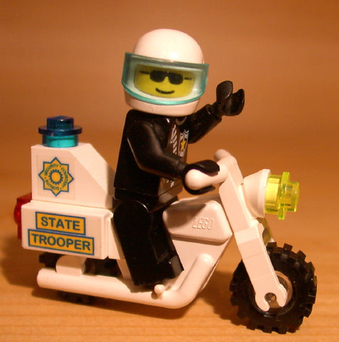 Museum: Dan's Custom Jailbreak Highway Patrol Set (for your LEGO town)