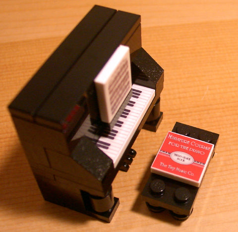 Dan's Custom Upright Piano Black (for your LEGO town)
