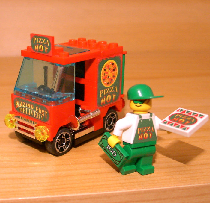 Dan's Custom Pizza Delivery Van (for your LEGO town)