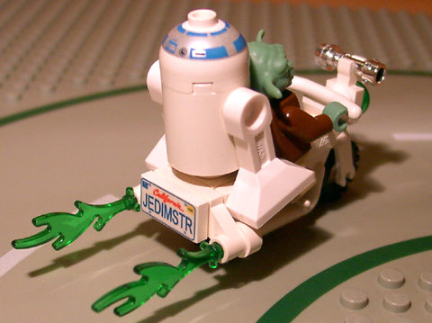 Museum: Dan's Custom Star Wars Biker Yoda (for your LEGO town)