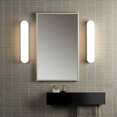 Minimalist Oval LED Bathroom Wall Light
