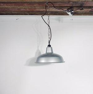 Vintage Industrial Pendant Light | silver
