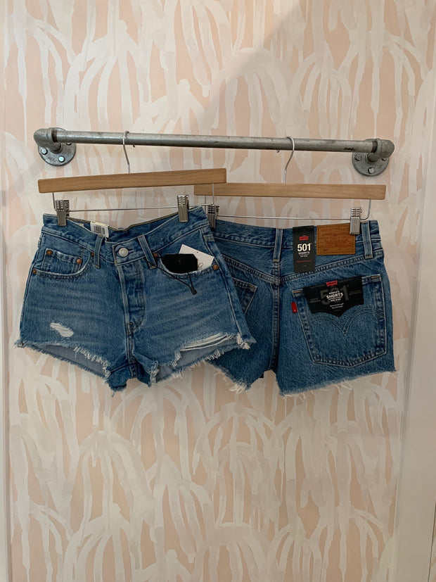 Levi's 501 Shorts in Luxor Levels
