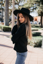AMVI Bishop Sweater in Black