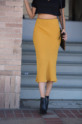 Guild Autumn Midi Skirt in Mustard