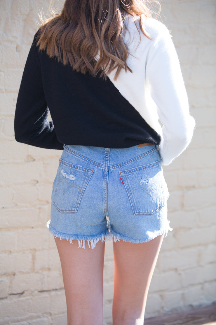 Levi's 501 Shorts in Fault Line