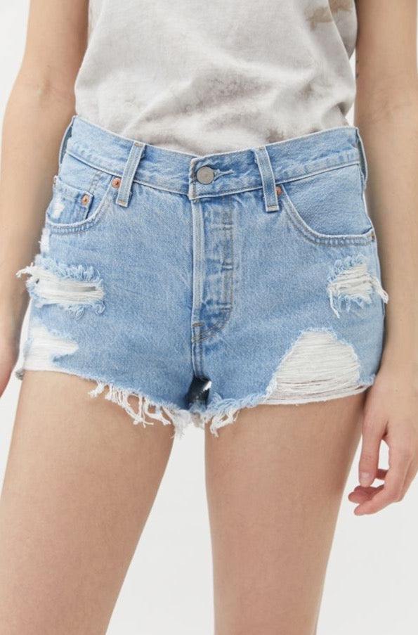 Levi's 501 Shorts in Luxor Lifts