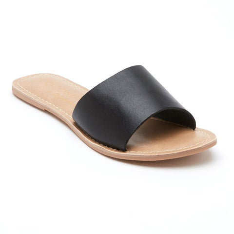 Matisse Cabana Sandal in Black