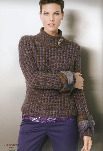 Womens Hand Knit Wool Turtleneck Sweater 70K - KnitWearMasters