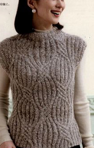 Womens Hand Knit Wool Vest 46N
