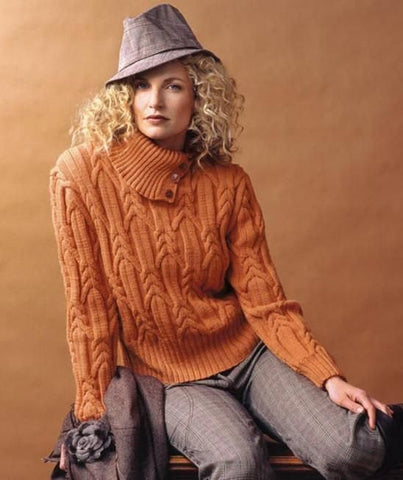 Womens Hand Knit Turtleneck Sweater 10K