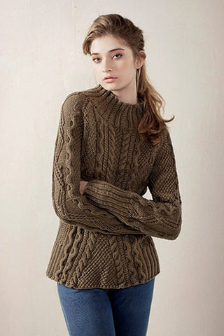 Womens Hand Knit Turtleneck Sweater 49K