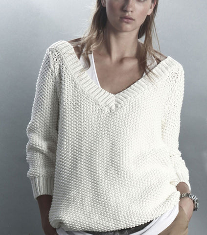 Women's Hand Knit V-neck Sweater 21J - KnitWearMasters