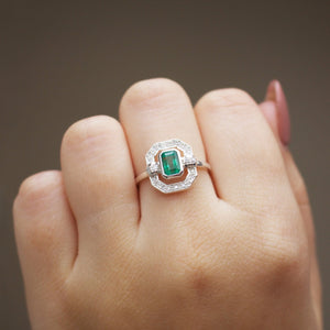 Sterling Silver Ethereal Diamond Halo Ring in Emerald