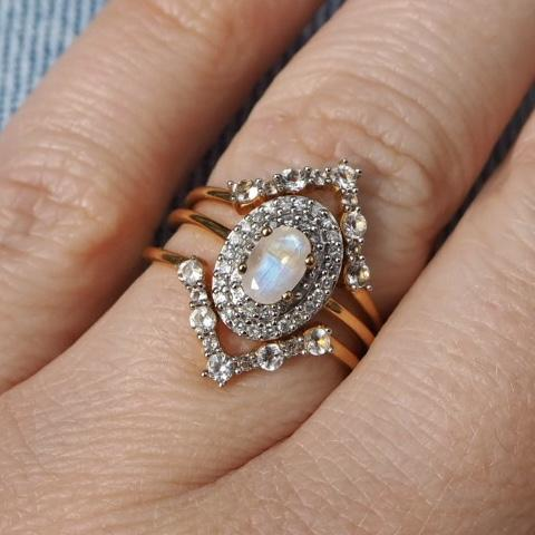 14K Gold Vermeil Vintage Ring in Moonstone & Diamond