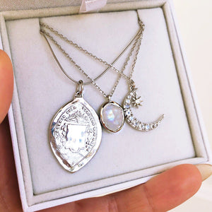 Sterling Silver Moon & Star Pendant Necklace in Moonstone & Diamond Necklace Dwarkas