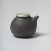 Katsufumi Baba, Sauce cruet in black glaze with pewter lid