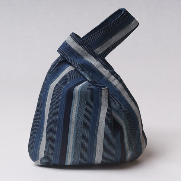 "Marukawa Shoten Small cotton bag ""Shijimi"" in blue indigo vertical stripe - Matsusaka Momen"