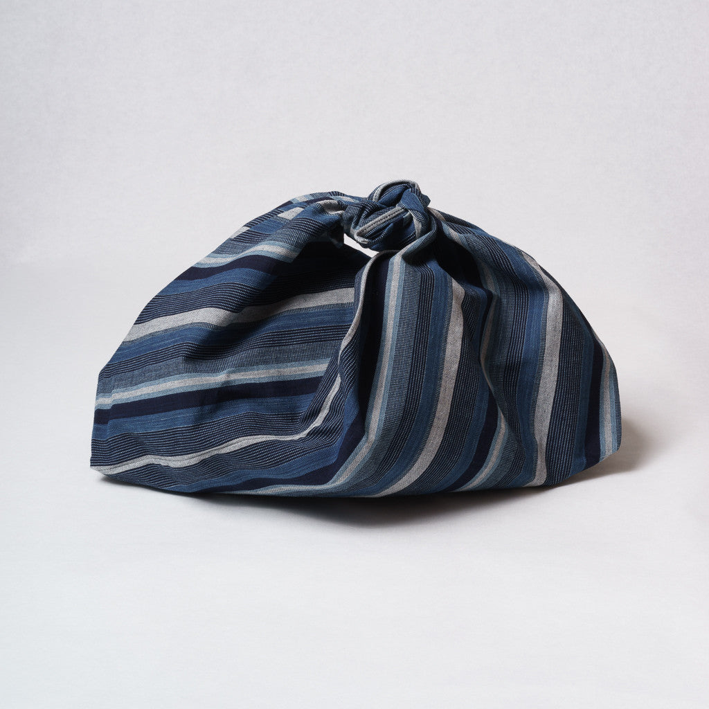 Marukawa Shoten Cotton Azuma bag in blue indigo vertical stripe - Matsusaka Momen