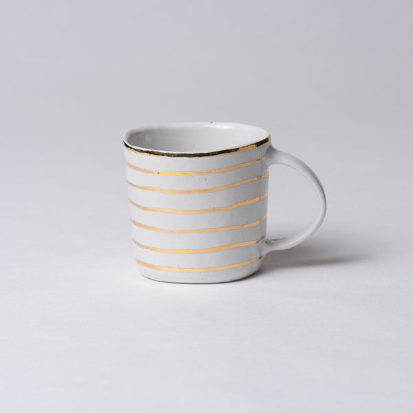 Yoshimitsu Nakasono, Mug in white with gold stripes