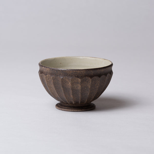 Yuko Matsuzuka, Round bowl in brown glaze