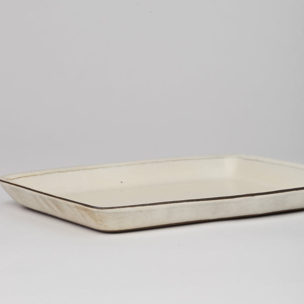 Rectangular dish in off-white glaze