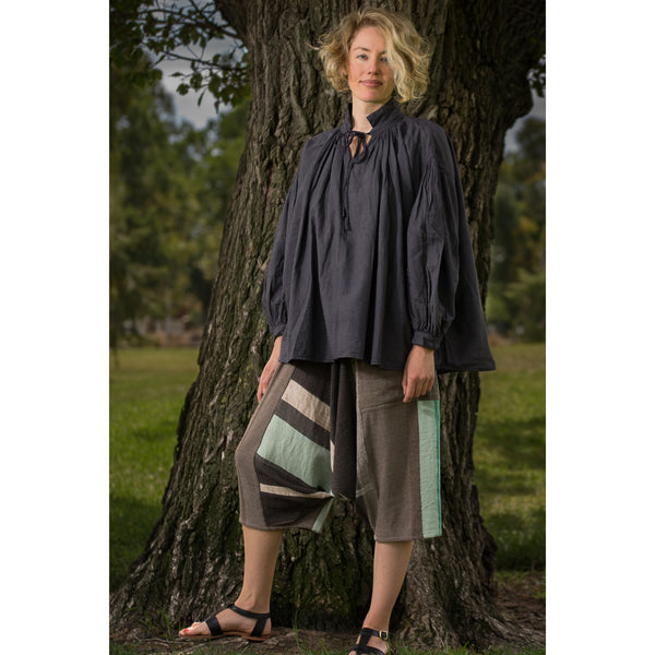 """Only One"" Tarun pants (divided skirt) short in wool & cotton - green & brown"