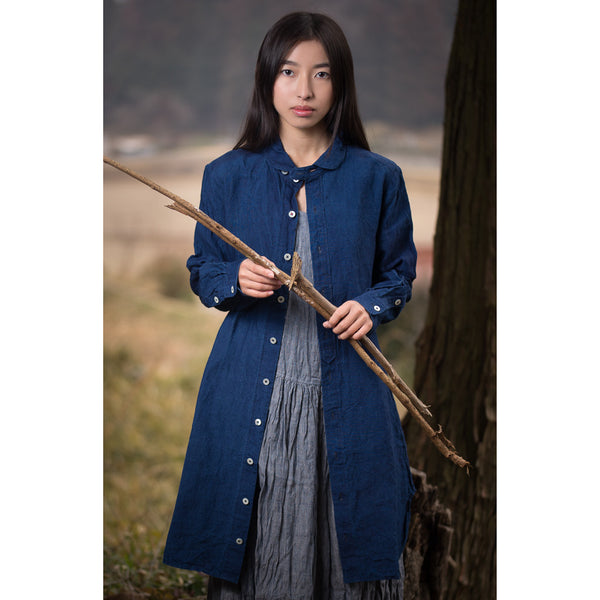 Round collar button tunic in indigo linen