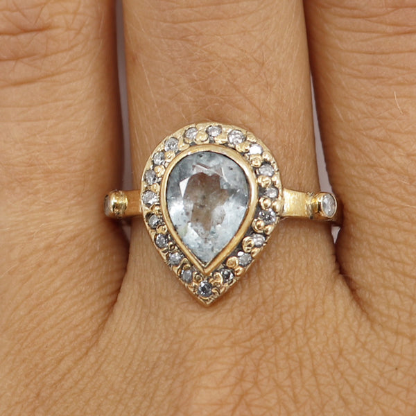 Aquamarine and white diamond dynasty ring