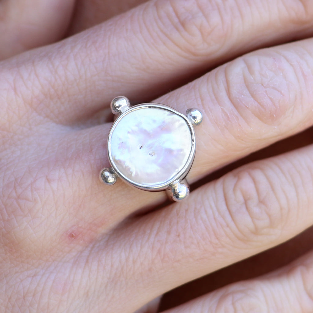 Lost Pearl silver ring