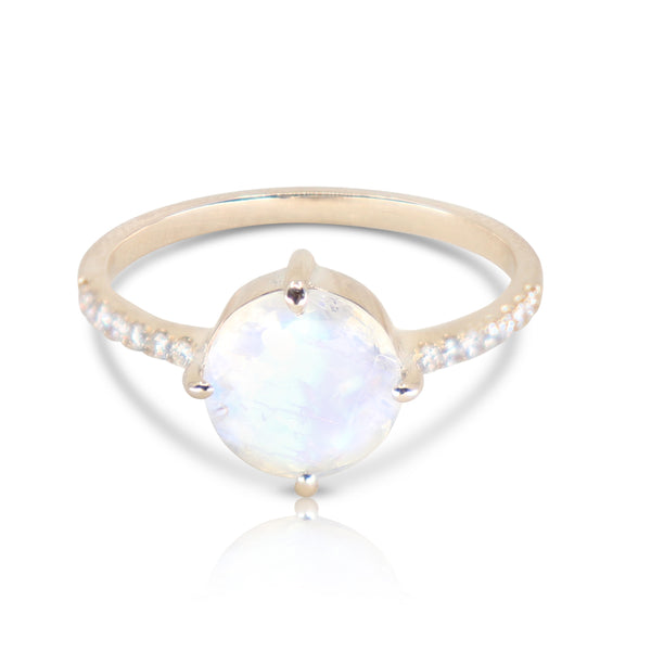 yellow gold moonstone solitaire ring