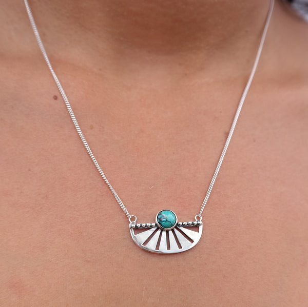 The Adrift necklace Turquoise