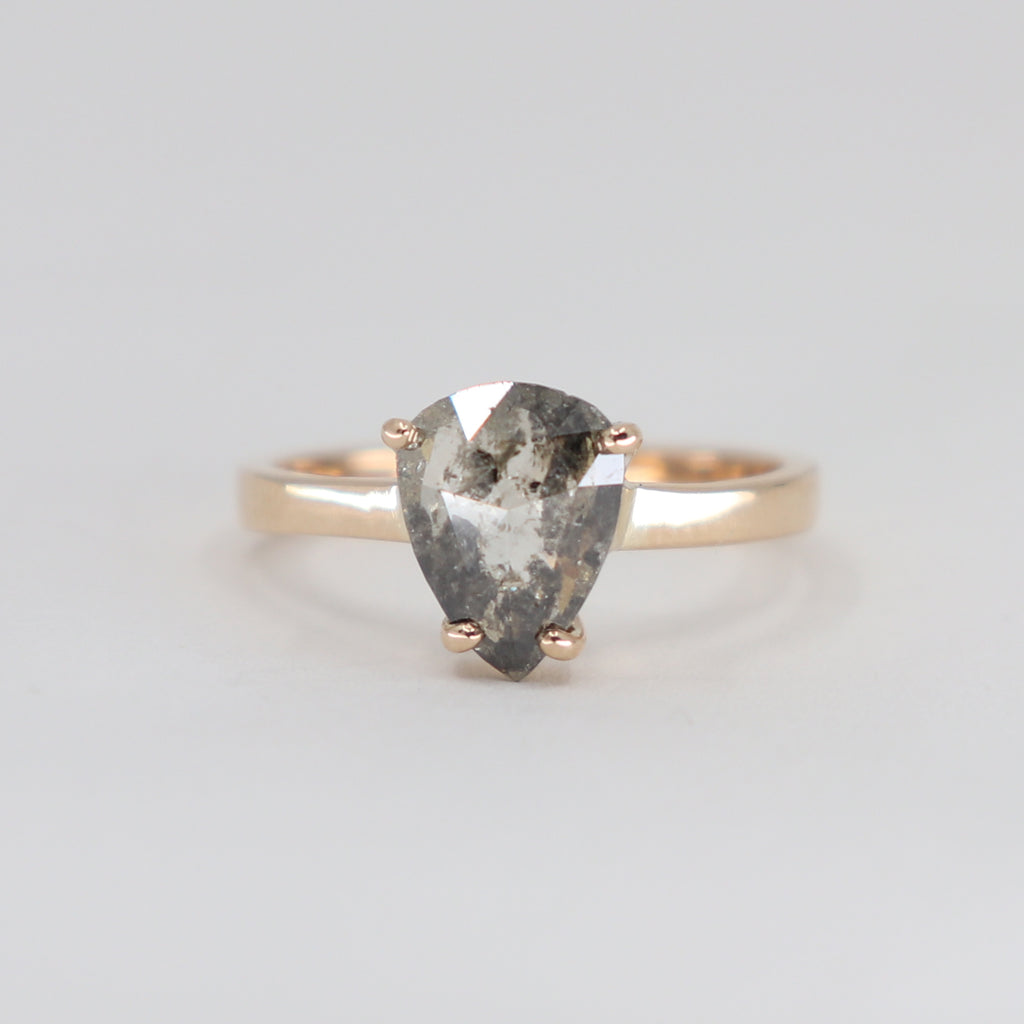 Forever Me grey diamond 1.37ct