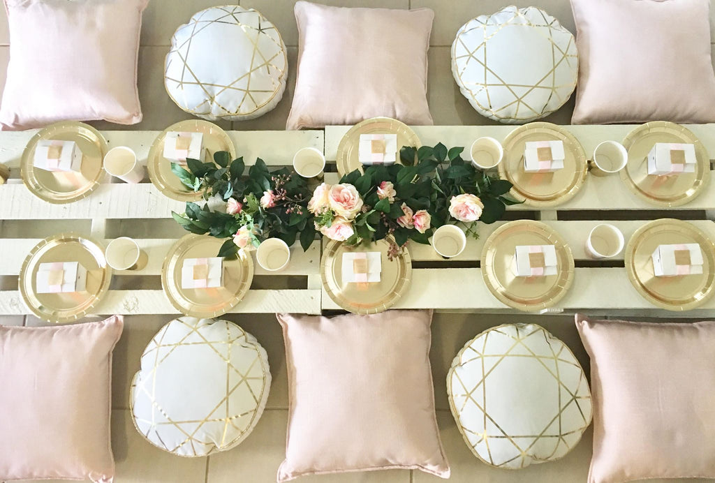 Pallet White Table