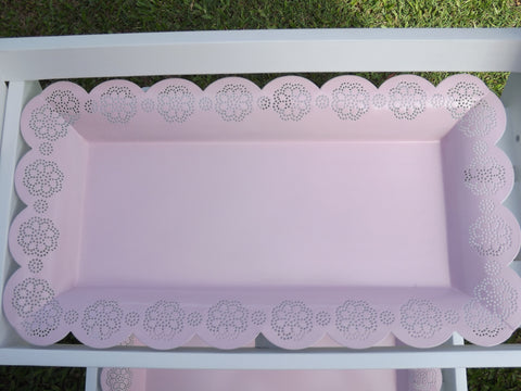Lace border tray