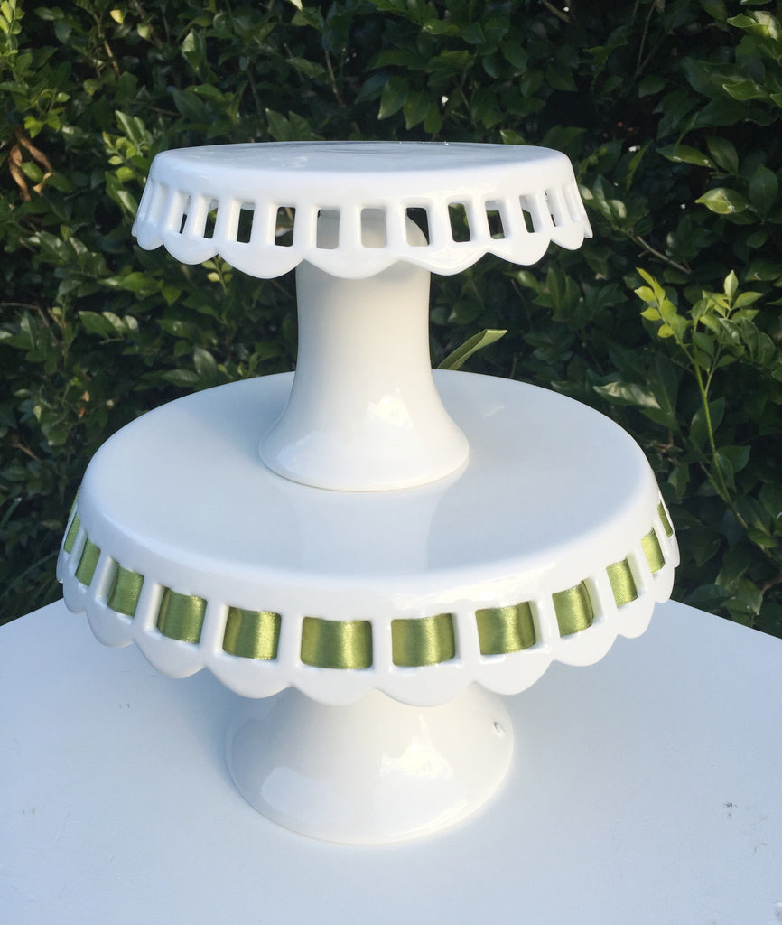 Small Ribbon Cake Stand