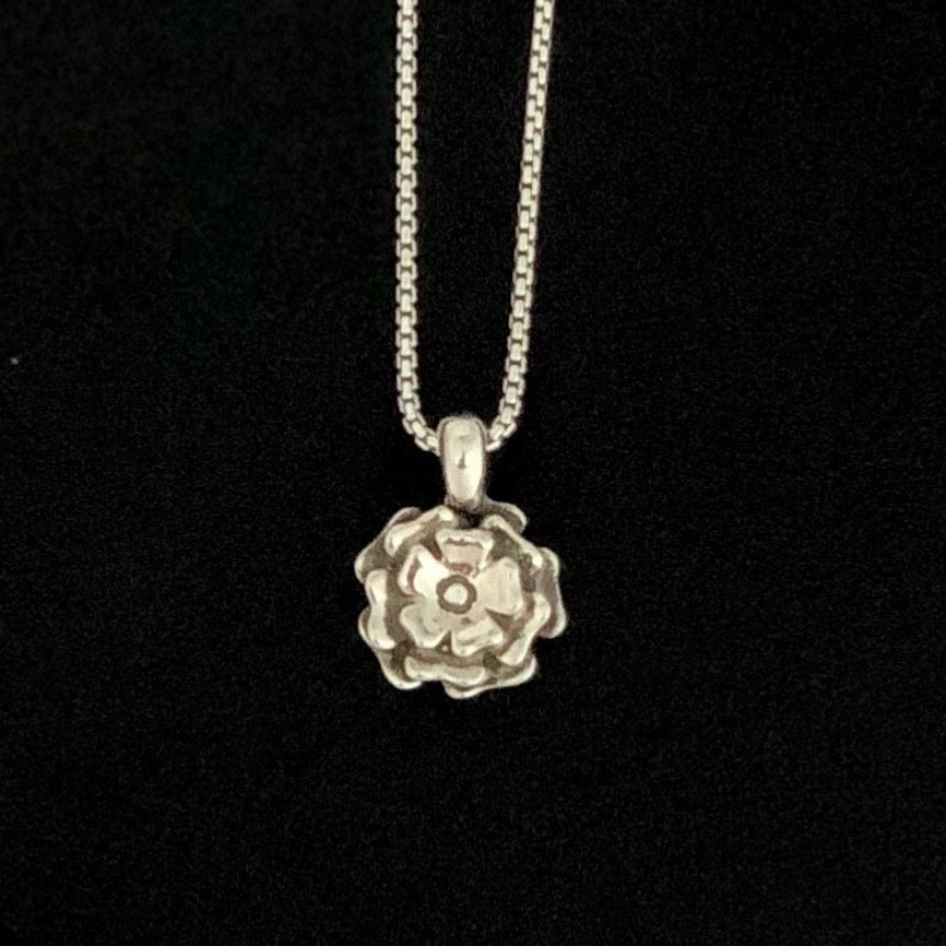 Flower Blossom Pendant Necklace