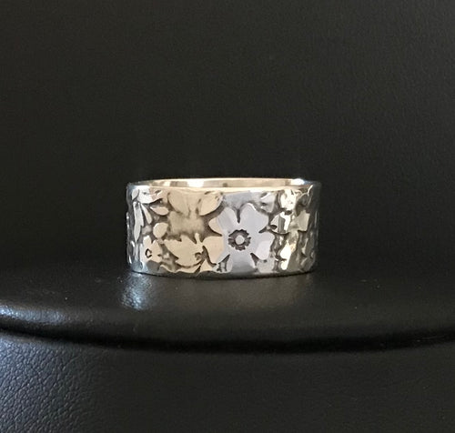 Vintage Floral Etched Band Ring