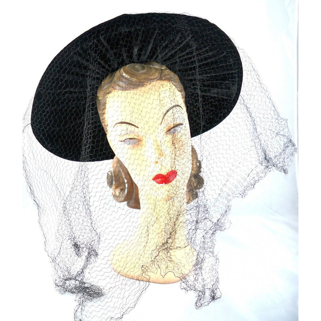 Vintage Black Widow Ladies Hat Velvet Wide Brim Full Veil 1940s - The Best Vintage Clothing  - 1