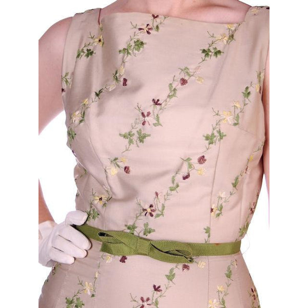 Vintage Sheath Dress Embroidered Cotton 1960s Tan 35-25-36 - The Best Vintage Clothing  - 4