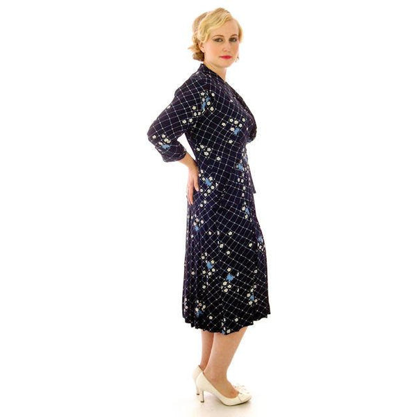 Vintage Womens Dress & Jacket Navy Rayon 1940s  Print Plus Size  40-35-50 - The Best Vintage Clothing  - 2