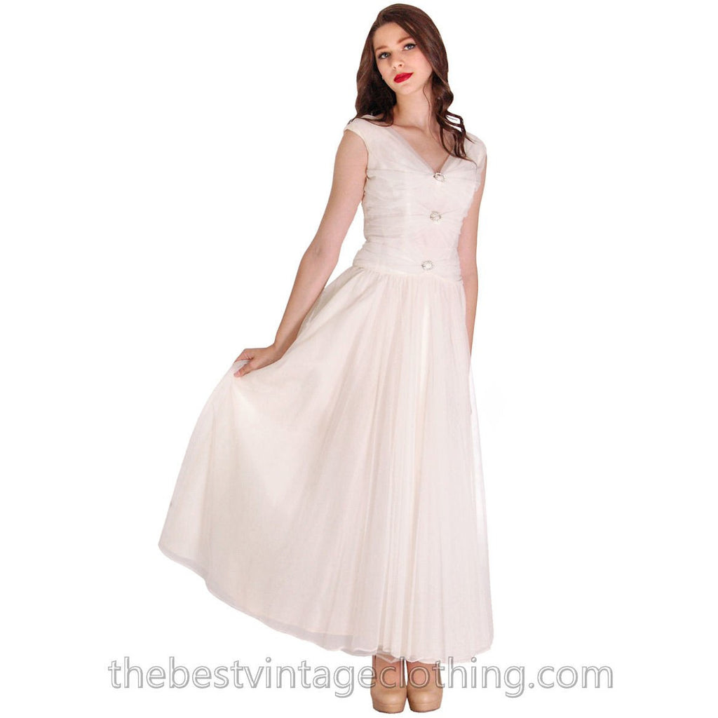 77ac2bc4b629e Vintage 1950s Nylon Gown Winter White Evening Party Wedding Rhinestone  Accents 34-32-FREE ...