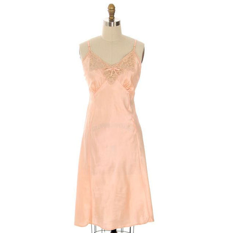 Vintage Full Slip Bias Cut Peach Rayon Satin w/ Lace & Bow Trim Sz 38 1930s Adso