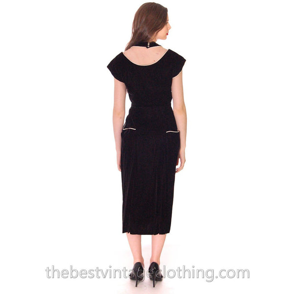 1950s Black Velvet Vintage Wiggle Dress White Piping Unique Halter Neckline Size S 32-25-34