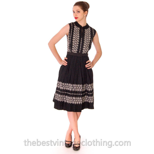 Vintage 1950s Day Dress Black Polished Cotton Border White Embroidery Size S-M 38-26-Free - The Best Vintage Clothing  - 3