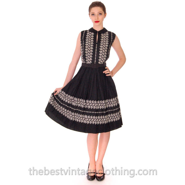 Vintage 1950s Day Dress Black Polished Cotton Border White Embroidery Size S-M 38-26-Free - The Best Vintage Clothing  - 2