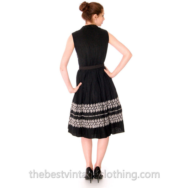 Vintage 1950s Day Dress Black Polished Cotton Border White Embroidery Size S-M 38-26-Free - The Best Vintage Clothing  - 4
