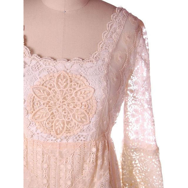 Vintage Cream Lace & Applique Wedding Dress Empire Waist 1970s 35-30-48 - The Best Vintage Clothing  - 4